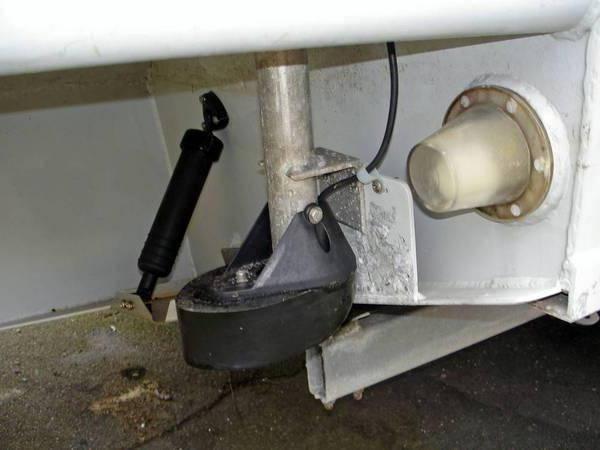 установка эхолота на катер