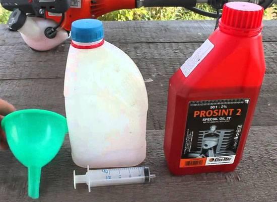 Как разбавить бензин для лодочного мотора