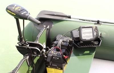 Лодочный электромотор с аккумулятором и эхолотом