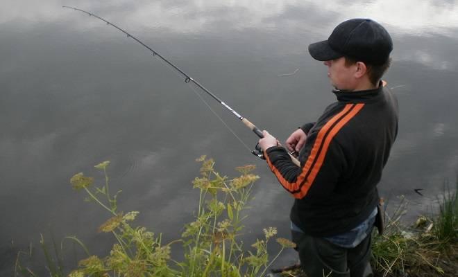 Длина спиннинга для ловли с лодки