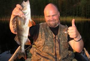 Рыбалка карелия видео лучшие места дикарем