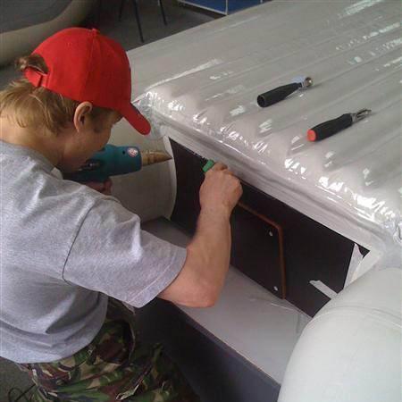 Бронирование лодок пвх полиуретановой пленкой