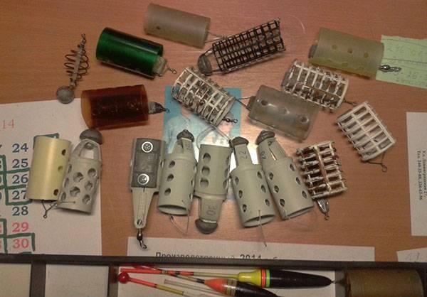фидерные кормушки из разных материалов