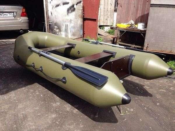 Лодка лоцман 290