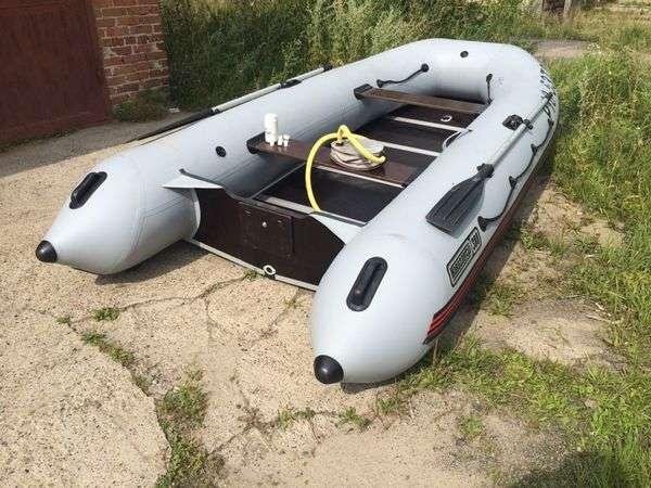 Лодка навигатор 380