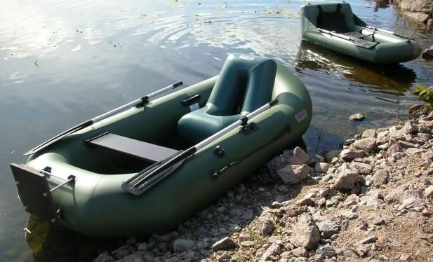 Лодка надувная весельная