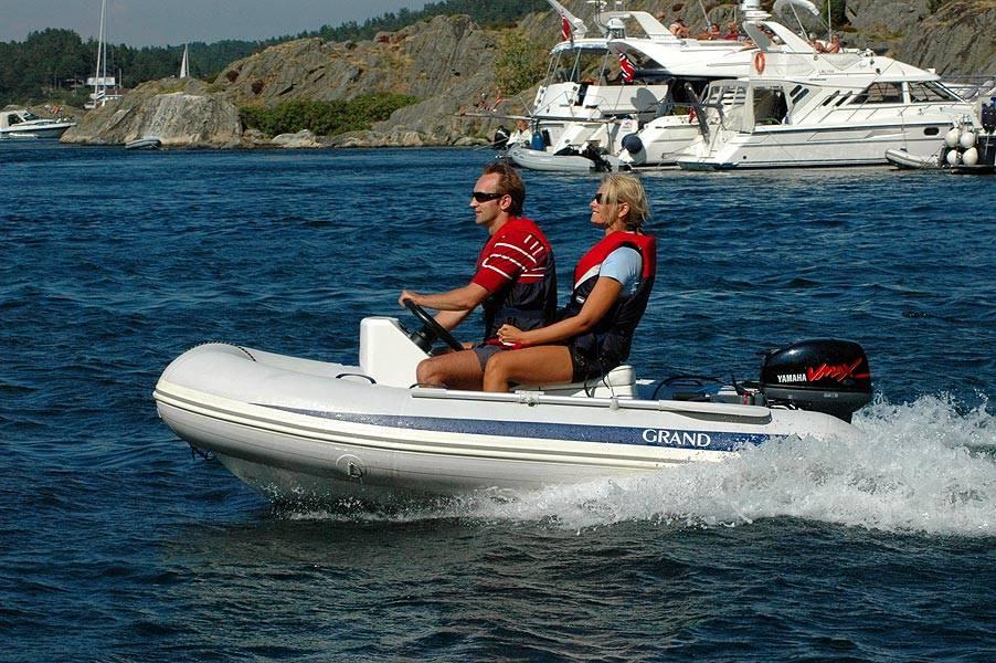 Резиновая лодка с мотором без регистрации