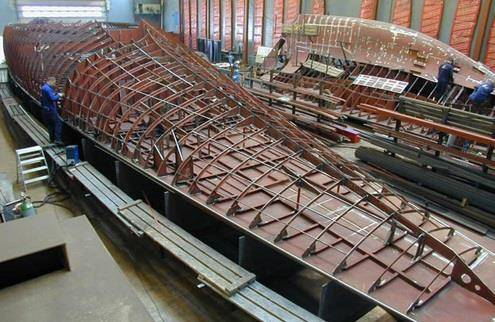 Лодка из стекловолокна